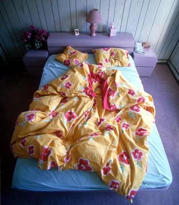 hacer la cama o no